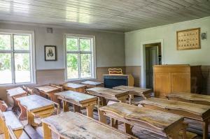 classroom-454517_1280